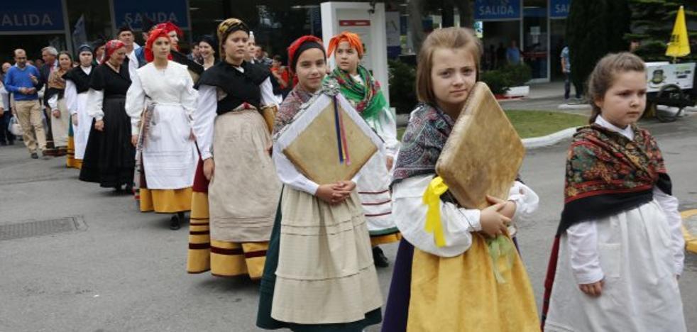 Cangas del Narcea luce su folclore