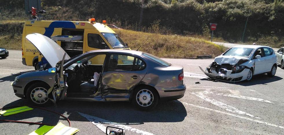 Un herido en un accidente de tráfico en Pravia