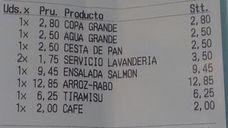 Un restaurante le cobra 3,50 euros más por el lavado del mantel