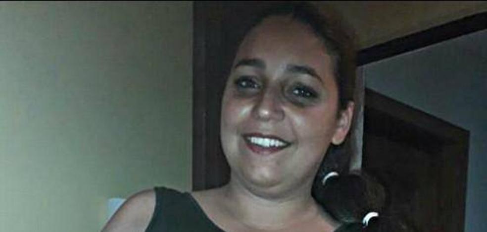 «Veníamos por una felicidad y nos han quitado una vida», lamenta la familia de la mujer seccionada por un ascensor en Sevilla