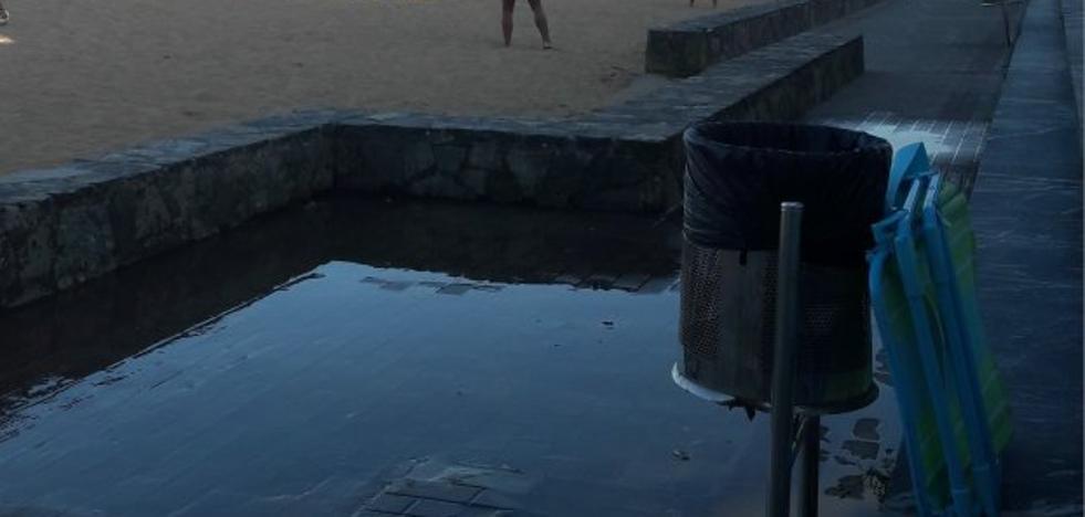 El alcalde asegura que los vertidos de la playa de Luanco son agua de las duchas