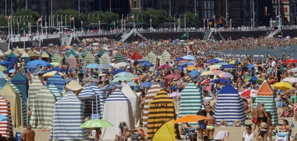 El negocio hotelero creció un 3% en julio gracias a Gijón