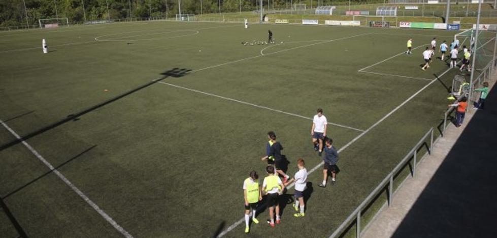 El fútbol base se rebela contra el «leonino» convenio para el uso de los campos públicos