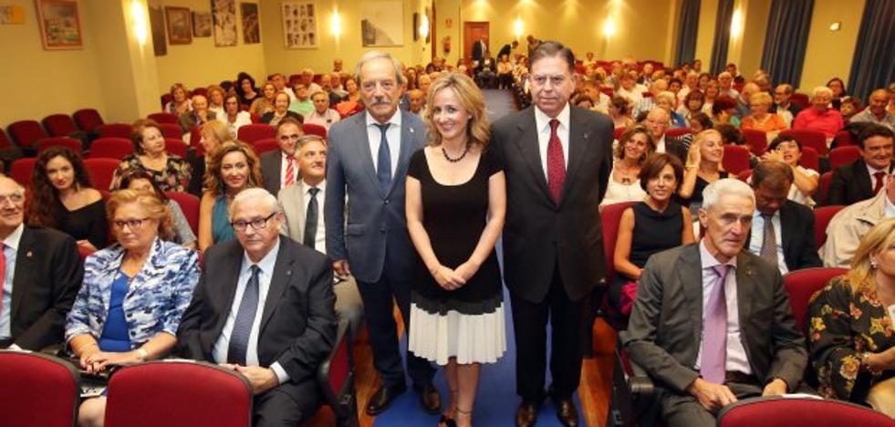 López: «Me gustaría que el Consistorio funcionase como el Centro Asturiano»