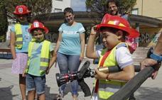 Exhibición de los bomberos en Teatinos