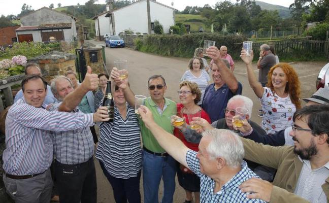 Los Reyes felicitan a Poreñu por mantener su «vitalidad y fortaleza»