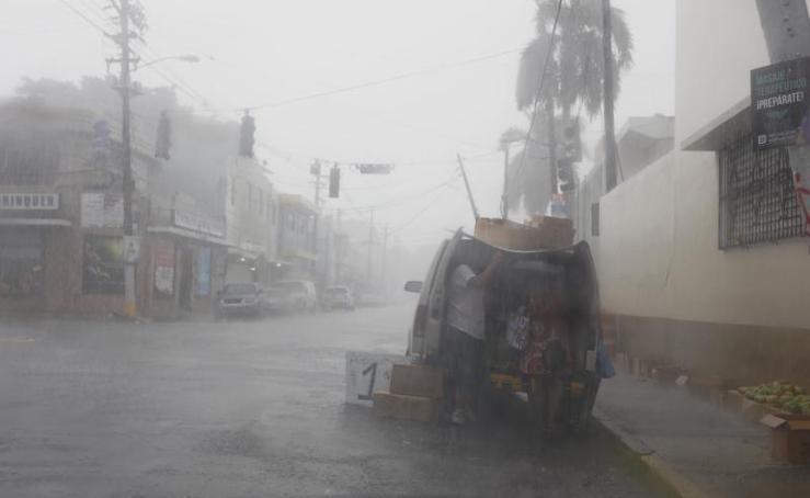 Irma llega al Caribe