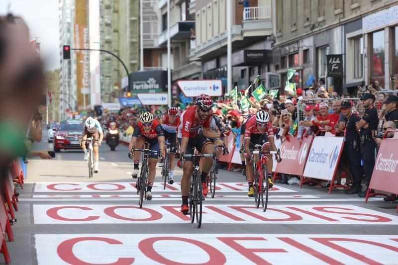 Las mejores imágenes de la primera etapa de La Vuelta en Asturias