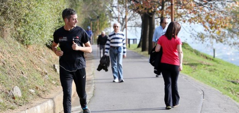 Los vecinos advierten de que estarán «vigilantes» con el parque del Naranco