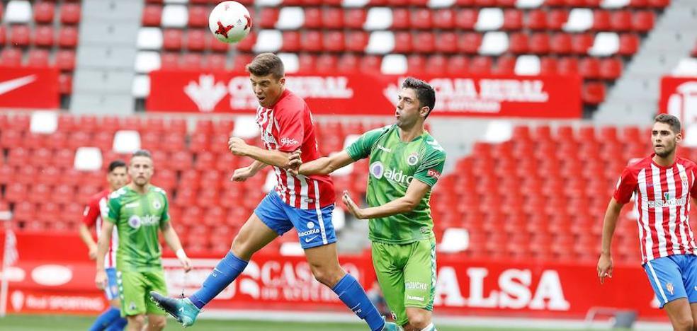 El Sporting B sale reforzado de El Molinón (3-1)