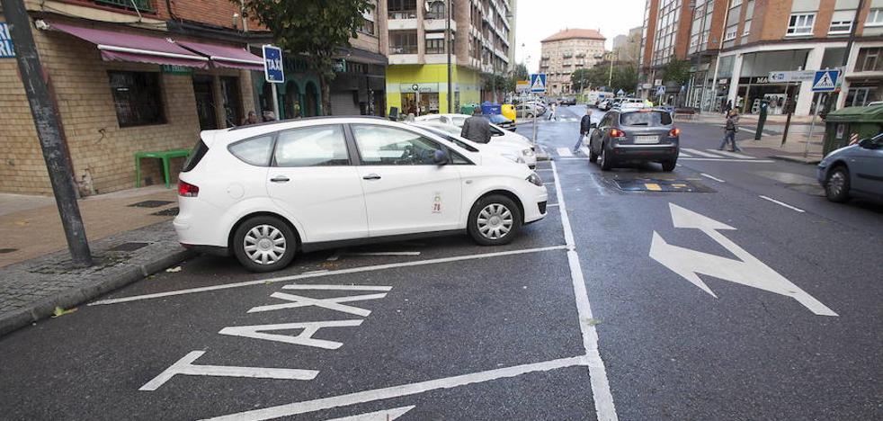 Detenida en Avilés por negarse a pagar un taxi desde Vigo e insultar y escupir a la policía