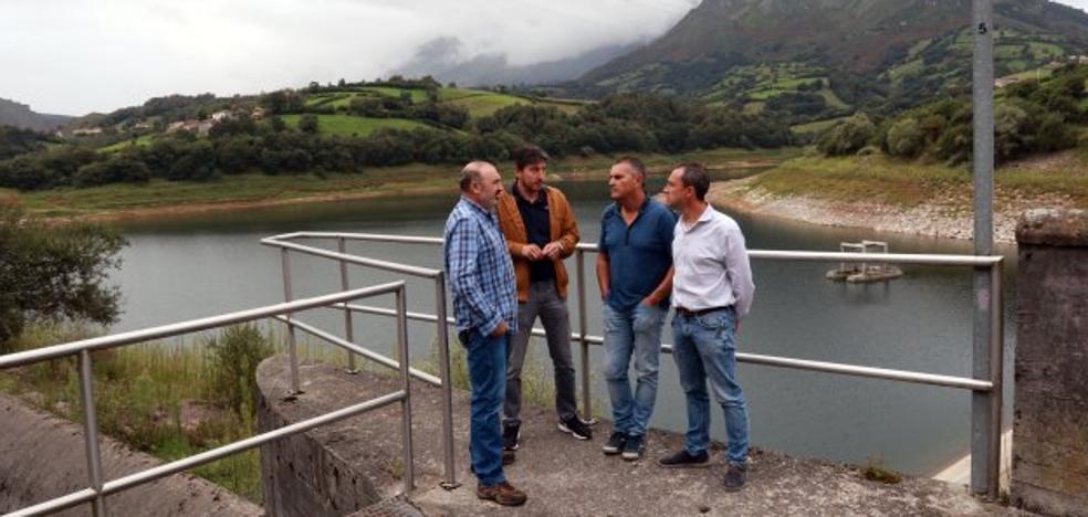 El gobierno de Morcín se moviliza para lograr la pesca en Los Alfilorios