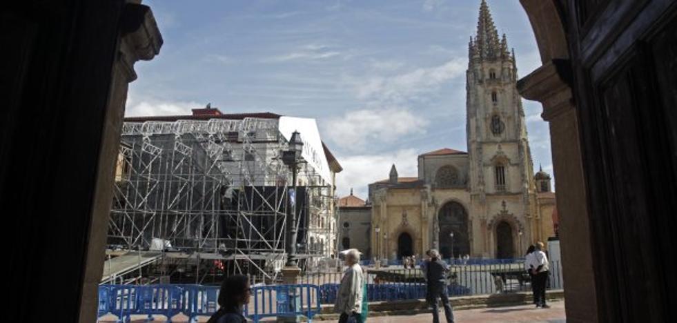 El escenario de la catedral, a punto