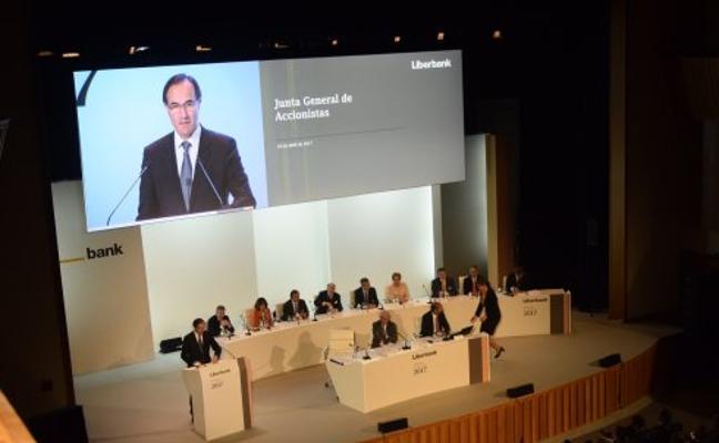 La CNMV amplía al 30 de noviembre el veto a las ventas en corto en Liberbank