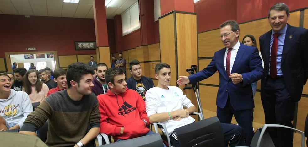 Educacion intentará especificar las especialidades de las oposiciones antes de noviembre