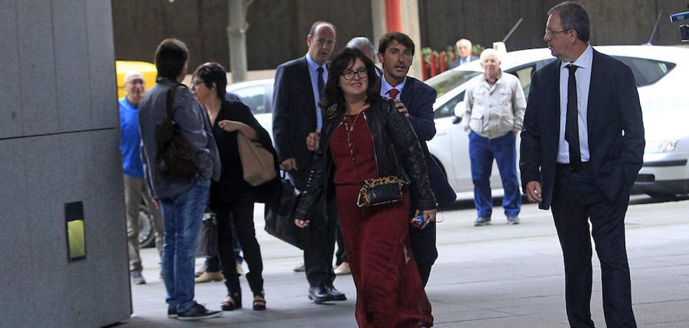 La Audiencia sugiere a la fiscal que investigue por qué Renedo dio 223.000 euros a una empresa