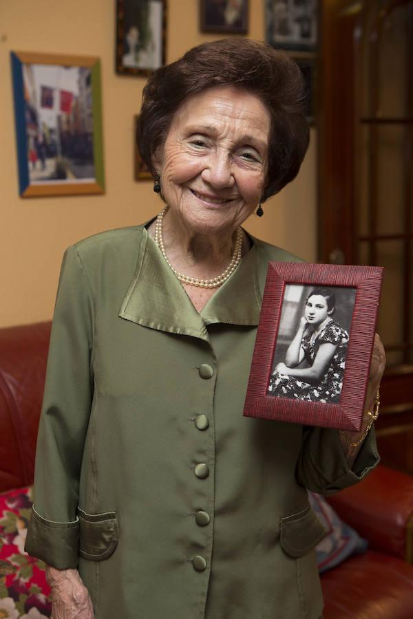 Ángeles Flórez, 'Maricuela', se alza con el premio Pozo Fortuna a la memoria histórica