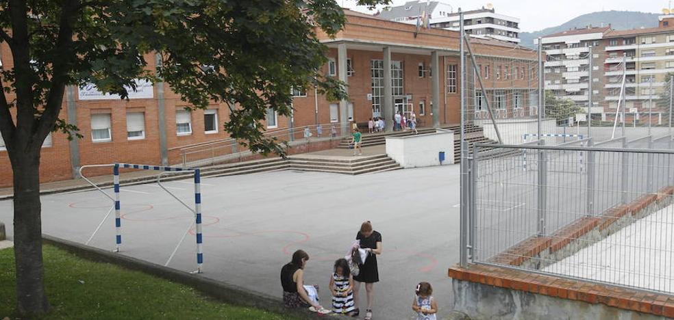 Padres del colegio público Buenavista I piden más monitores en el comedor