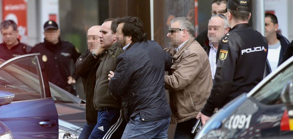 Tres años y medio de cárcel para el asaltante a una sucursal bancaria en Gijón