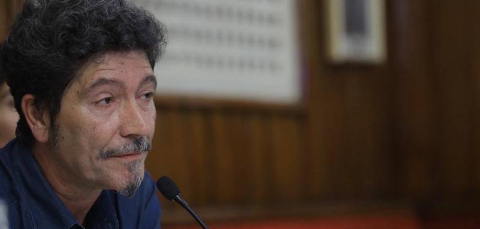 Pedro Antonio González Moreno, ganador del premio de Novela Café Gijón 2017