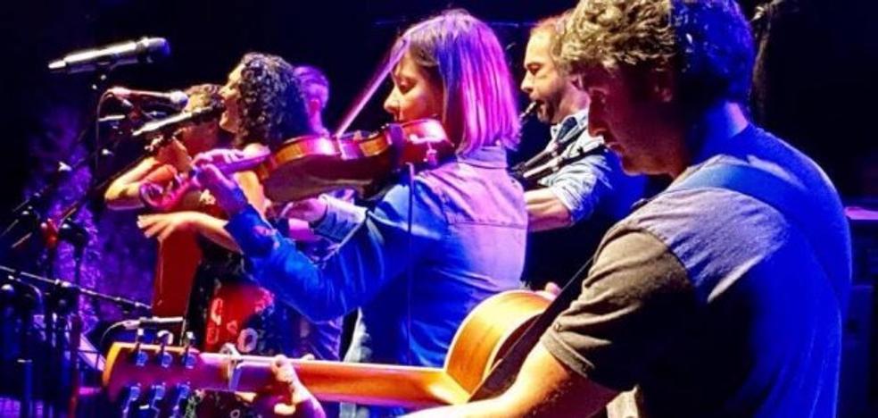 Corquiéu pone el broche a su vigésimo aniversario con el primer concierto mateín