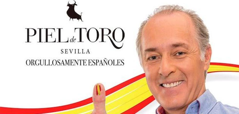 La campaña publicitaria de la marca de ropa Piel de Toro que inunda Barcelona de banderas de España