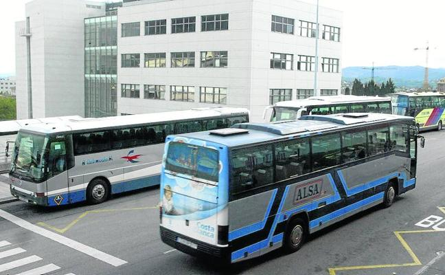 El Ayuntamiento restablece el autobús universitario diario a las facultades de Oviedo
