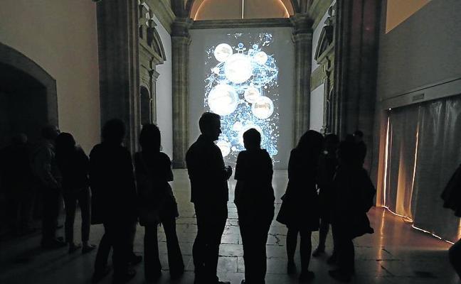 El universo de Marina Núñez se instala en el Museo Barjola