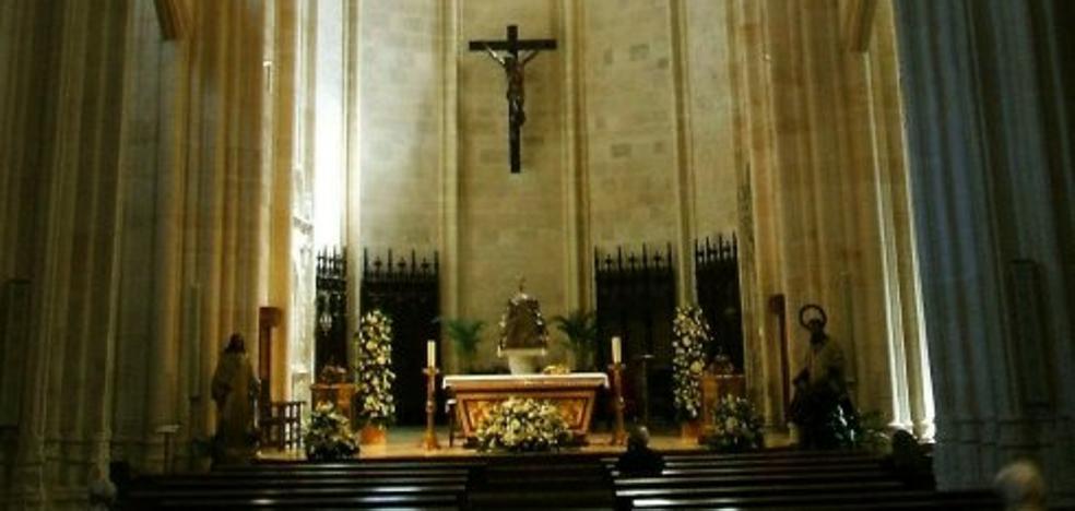 Feligreses de la Iglesiona piden al Consistorio que «sume su voz» para recuperar los tesoros