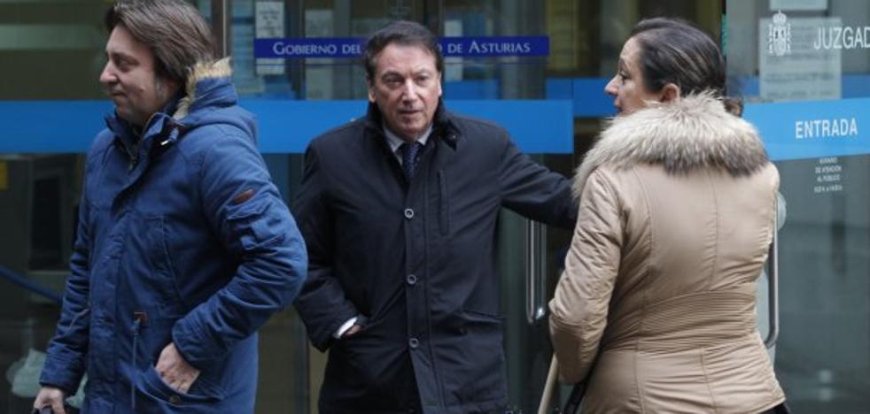 El empresario Rodolfo Cachero ingresa en la prisión de Soto del Real
