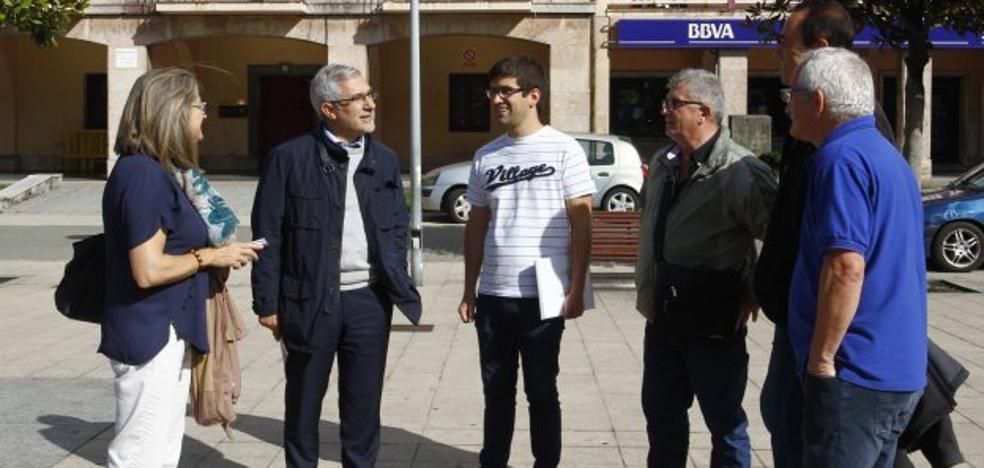 Llamazares pide una figura de protección para el barrio de Llaranes