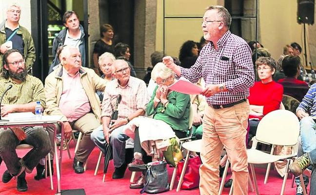 Llanes otorga una calle al primer alcalde de la democracia en el concejo