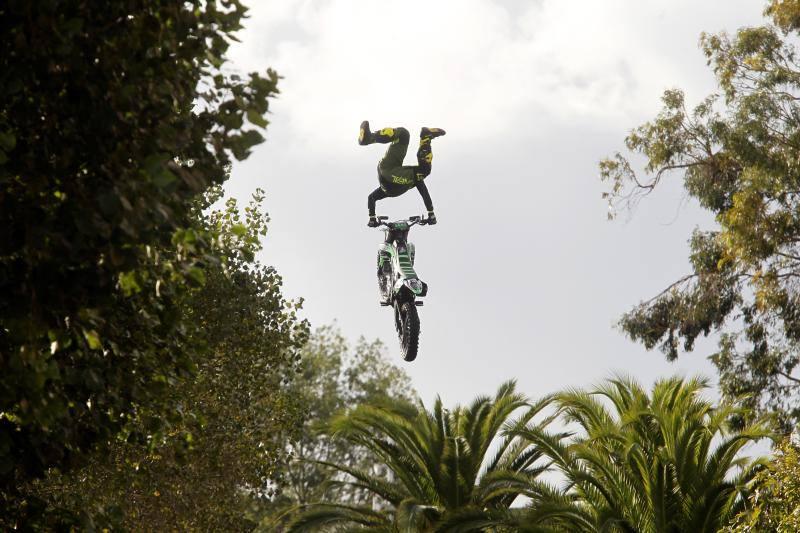 Freestyle para la segunda jornada del Motoweekend en Gijón