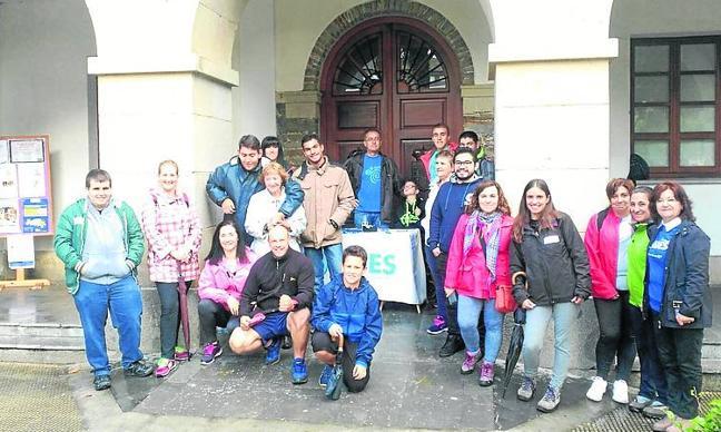La Fundación Edes celebra su quinta marcha solidaria en Tapia