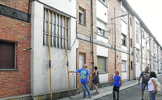 El Principado prevé licitar en octubre las nuevas viviendas de Pumarabule