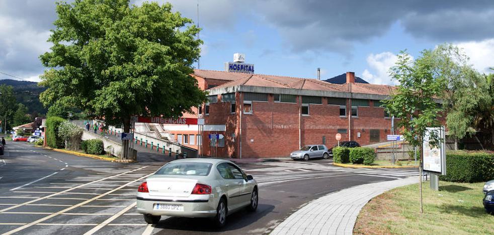El hospital de Arriondas incorpora a dos nuevos anestesistas y a un radiólogo