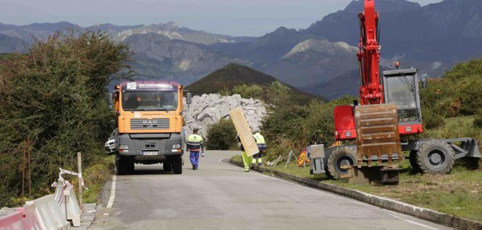 El Principado retoma las obras de mejora de la carretera a los Lagos