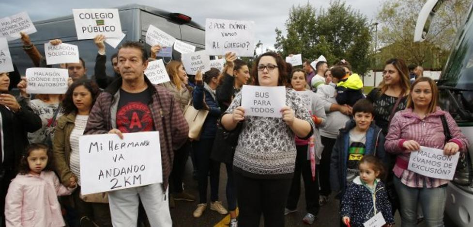 Educación soluciona in extremis la falta de autobús al Piñole desde Nuevo Roces