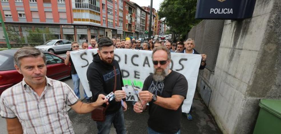 Policías nacionales reivindican la equiparación salarial con otros cuerpos