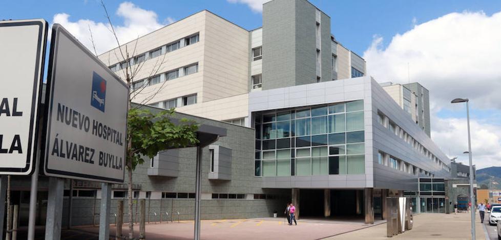 Los vecinos de Mieres alertan del aumento de derivaciones hospitalarias a Langreo