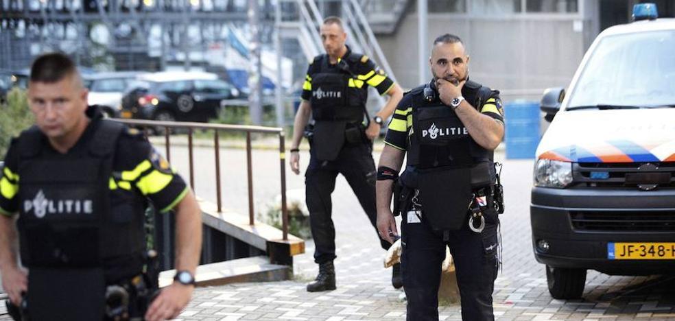 Un ladrón se queda encerrado en Holanda y llama a la Policía para que le liberen