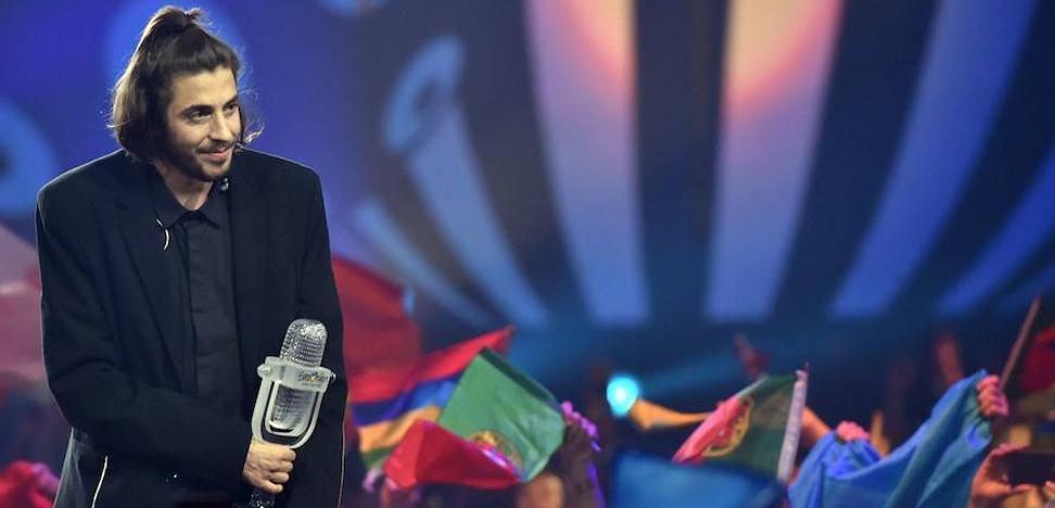 Salvador Sobral, ganador de Eurovisión, en el hospital y «con máquinas que ayudan a sus órganos»