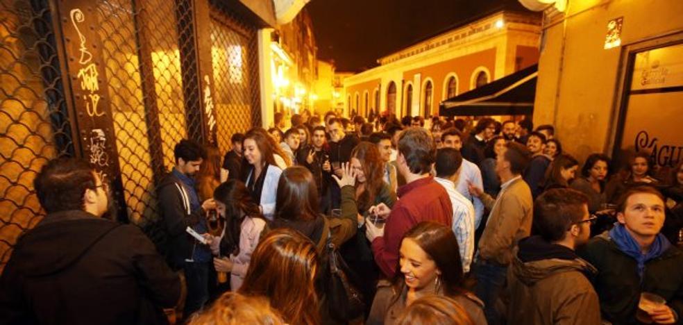 «'Rivi' está engañando a la juventud al manifestarse a favor del botellón»