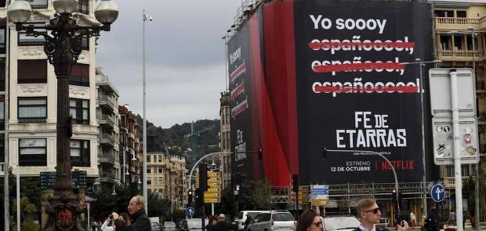 Denuncian a Netflix por la promoción de la película 'Fe de etarras'