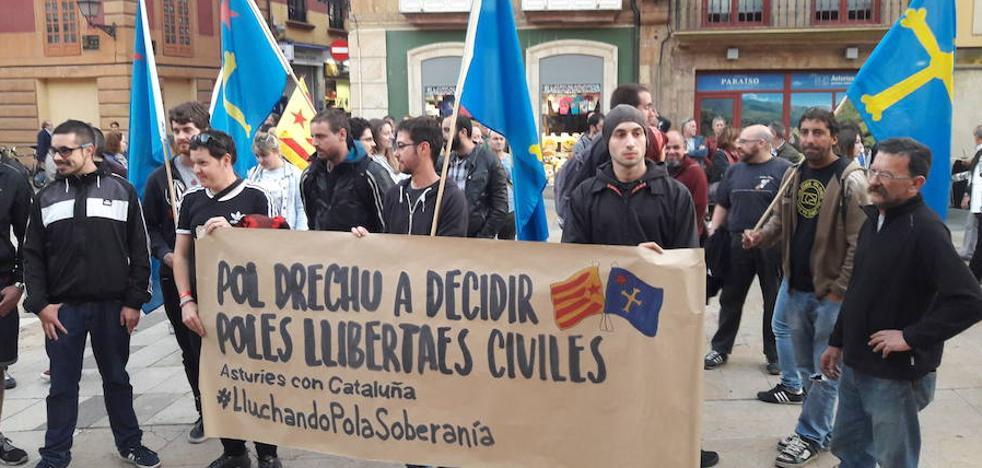 Concentraciones en Asturias en rechazo a las detenciones en Cataluña
