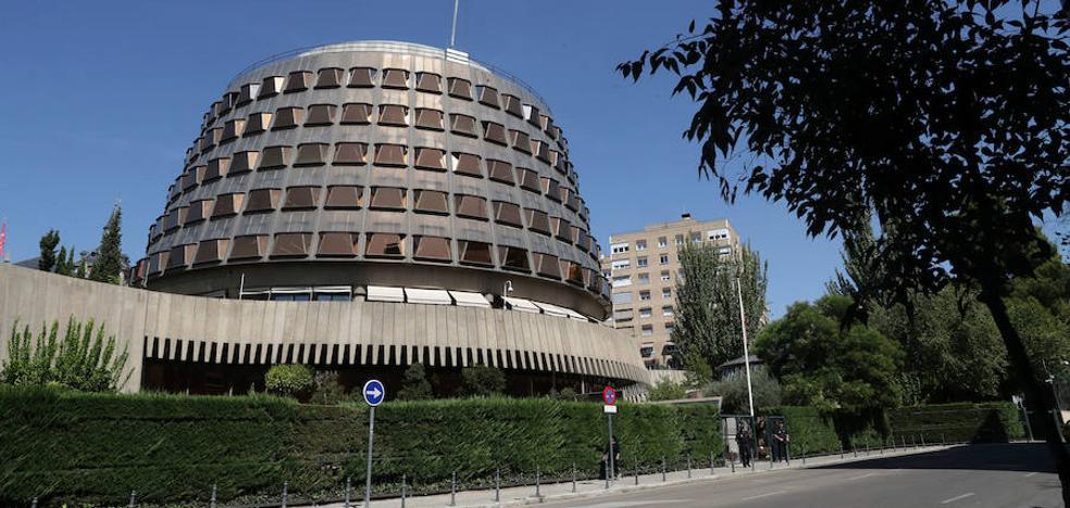 El TC anula los acuerdos del Parlament que permitieron tramitar las leyes de desconexión