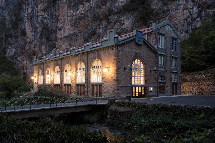 Fotos históricas de la central hidráulica de La Malva, en Somiedo