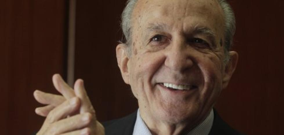 Plácido Arango, el padre Ángel y Abuelas de la Plaza de Mayo, premios Asicom