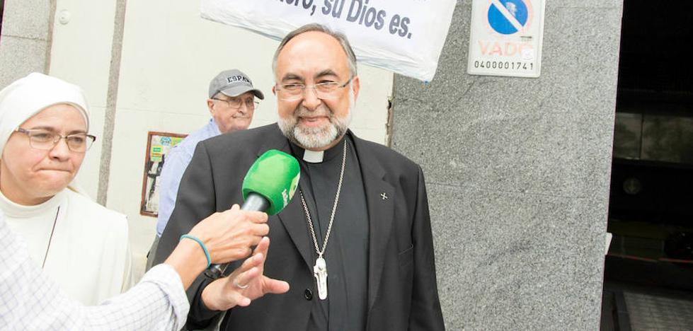 El juez confirma al arzobispo de Oviedo al frente de Lumen Dei