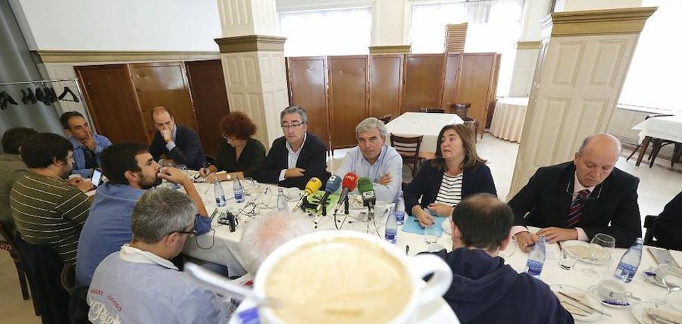 Mariano Marín confía en que «tarde o temprano el centro derecha se reunificará en Gijón»